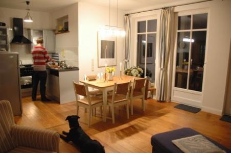 offene Küche im Ferienhaus am See in Ostholstein